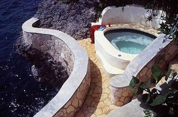 Caves-All-Inclusive-jamaica-Luxury-Resort-Negril