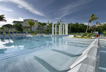 grand-jamaicia-all-inclusive-resort-montego-bay