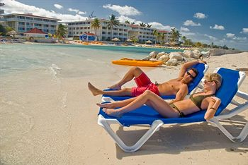 holiday-inn-montego-bay-rose-hall-resort