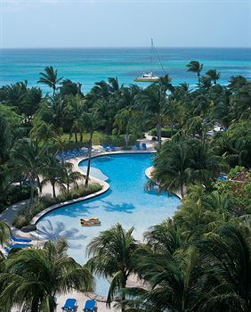 radisson-aruba-resort-vacation
