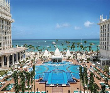 riu-aruba-resort-vacations