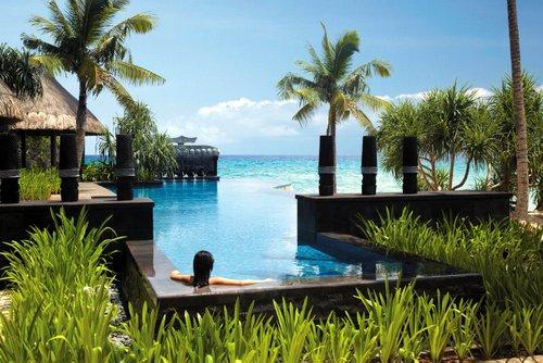 Shangri - La Boracay Resort