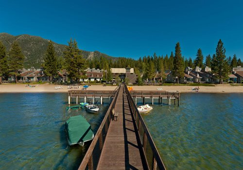 Aston Lakeland Village Beach and Mountain Resort