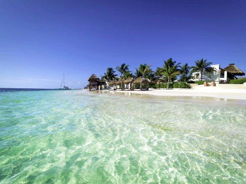 Azul Cancun Small Family Resort