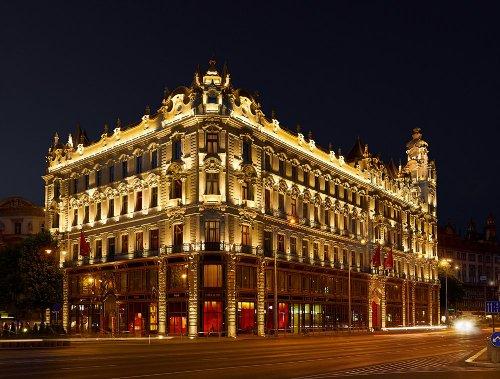 Buddha-Bar Hotel Budapest Klotild Palace, Budapest