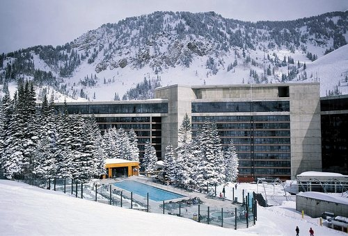 The Cliff Lodge and Spa