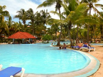 swimming pool del sol sirenas K. Hauser flickrcc