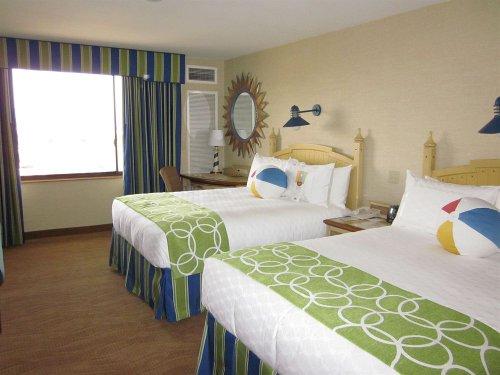 Guestrooms at Disney's Paradise Pier Hotel, Disneyland Anaheim