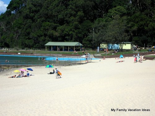 Forster Beach and Beach Pool