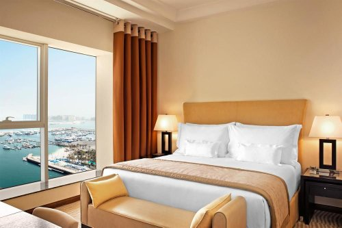 Guestrooms at Grosvenor House Dubai