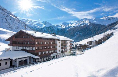 Hotel Alpenhof Hintertux, Austria