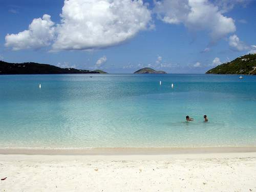 Magens Bay, St. Thomas by Daniel Lobbo