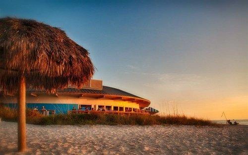 Bay Naples Resort