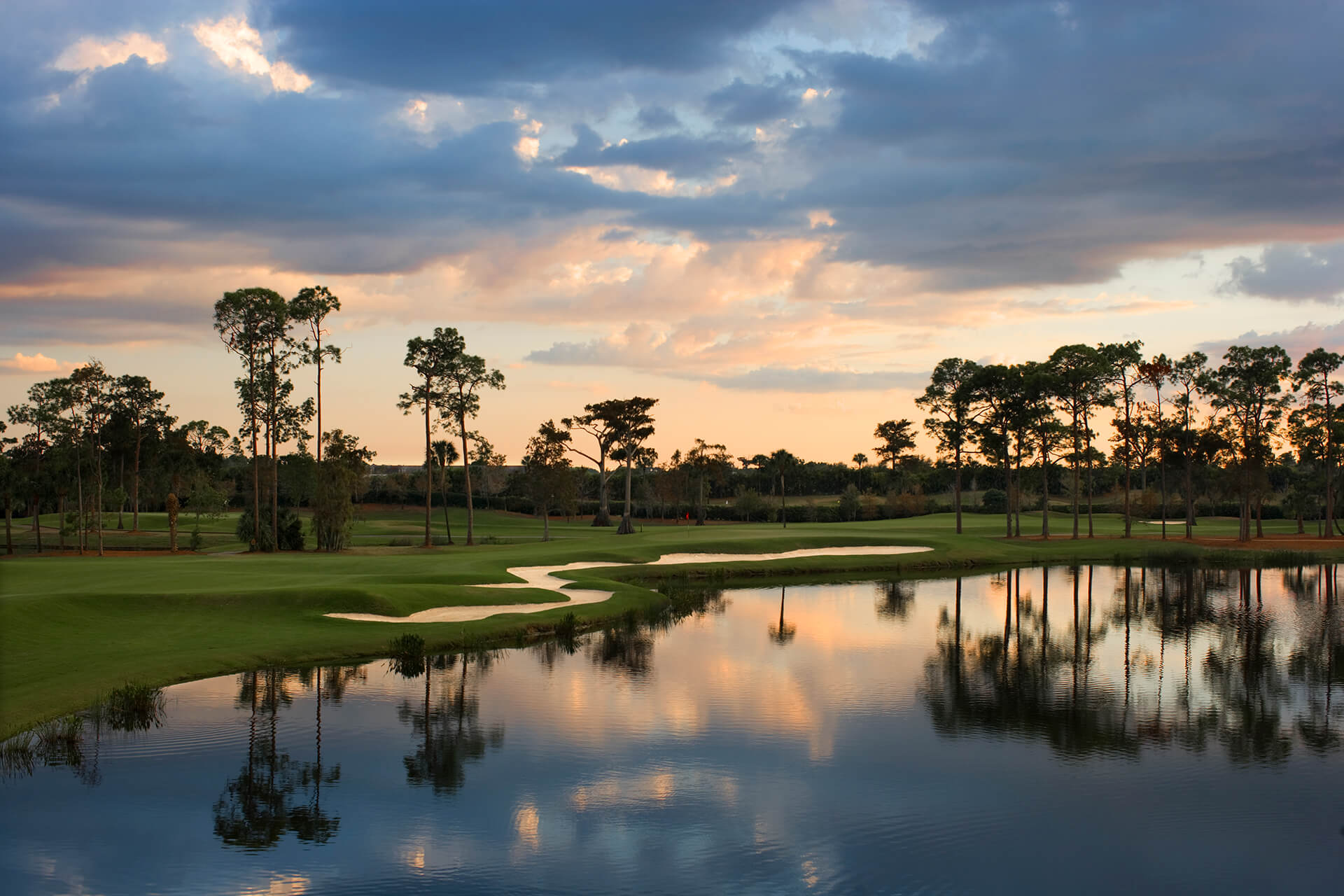 Naples Grande Beach Resort Golf