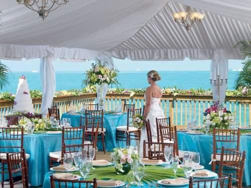 Ocean Key Resort And Spa,