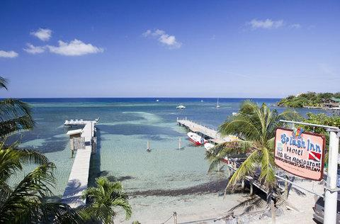 Roatan Dive Resort