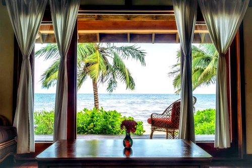 Almond Beach Resort: Tranquility, Belize
