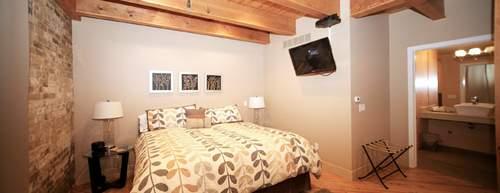 Bella Vita Spa & Suites