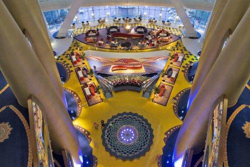 Burj Al Arab, Lobby