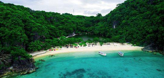 Tugawe Cove Caramoan Resort