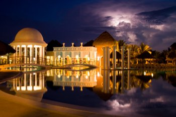 Lightning Pool, Cuba MattJP Cuba Resort