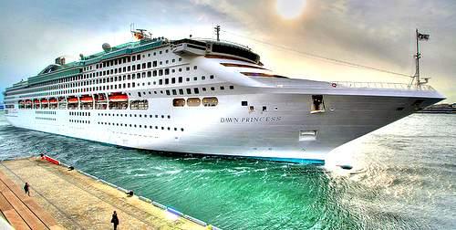 Kabacchi Cruise Ship HDR - 23 FLICKR CC