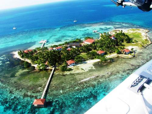 Hatchet Caye Resort: Private Island