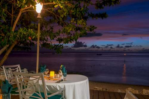 Outdoor Dining at Mango Bay