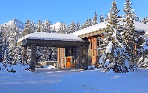 Mountaineer Lodge, Lake Louise