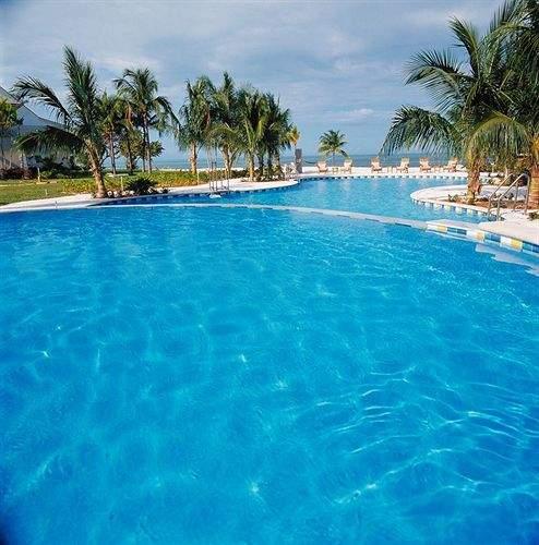 Old Bahama Bay Pool