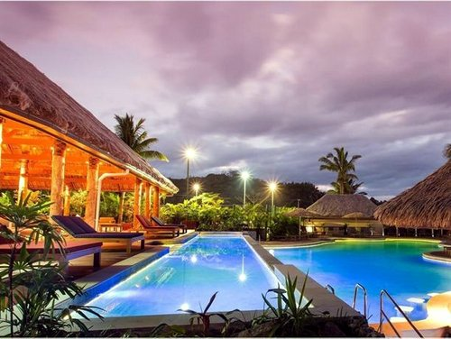 Outrigger on the Lagoon Fiji Resort