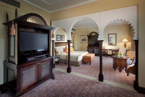 Guestrooms at Jumeirah Al Qasr