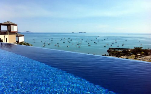Pinnacles Resort and Spa Airlie Beach Holiday Accommodation